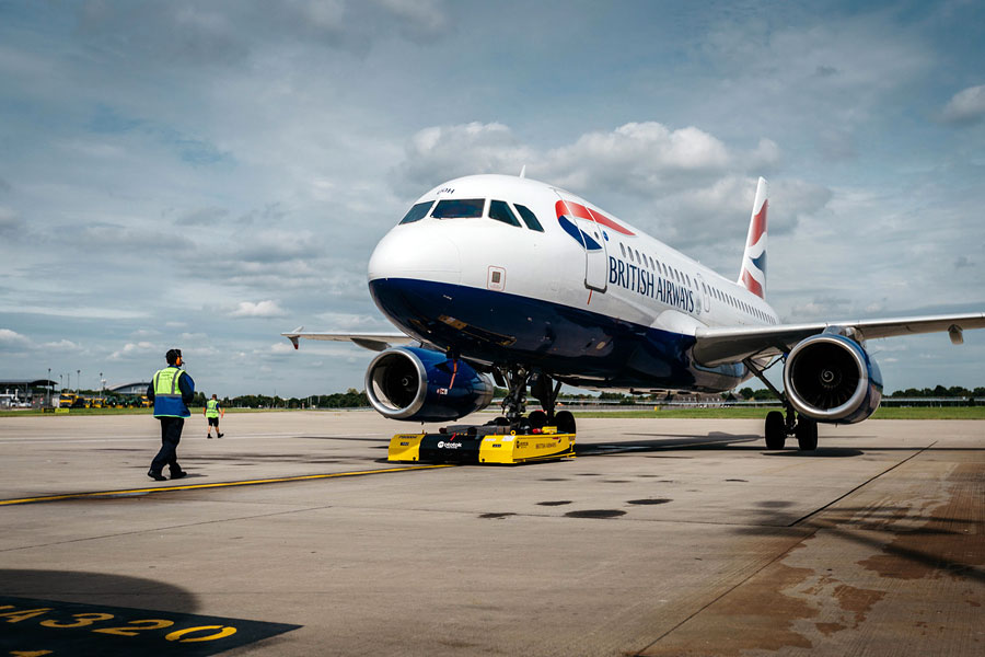 IT issues lead to flight delays for BA passengers image