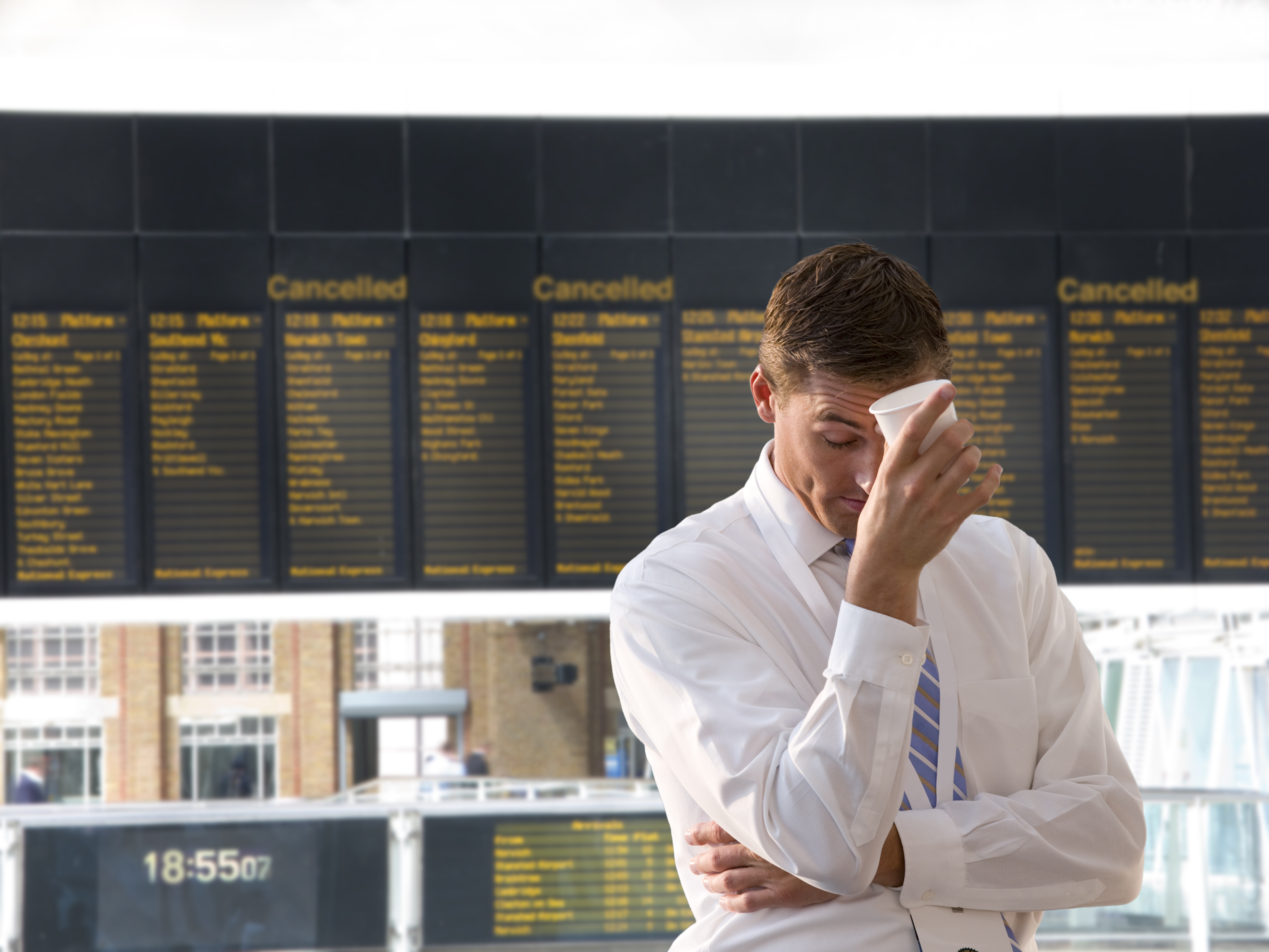 Flight delays and cancellations at Berlin airports | FairPlane UK image