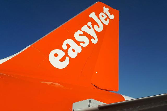 135 easyjet passengers stranded in Jersey for 3 days! image