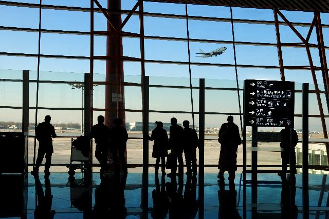 A long delay in the airport left this family seeking flight delay compensation | FairPlane UK image